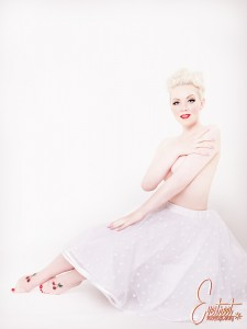 Doll face by Eve Saint Ramon, skirt by Le Boudoir de Marie
